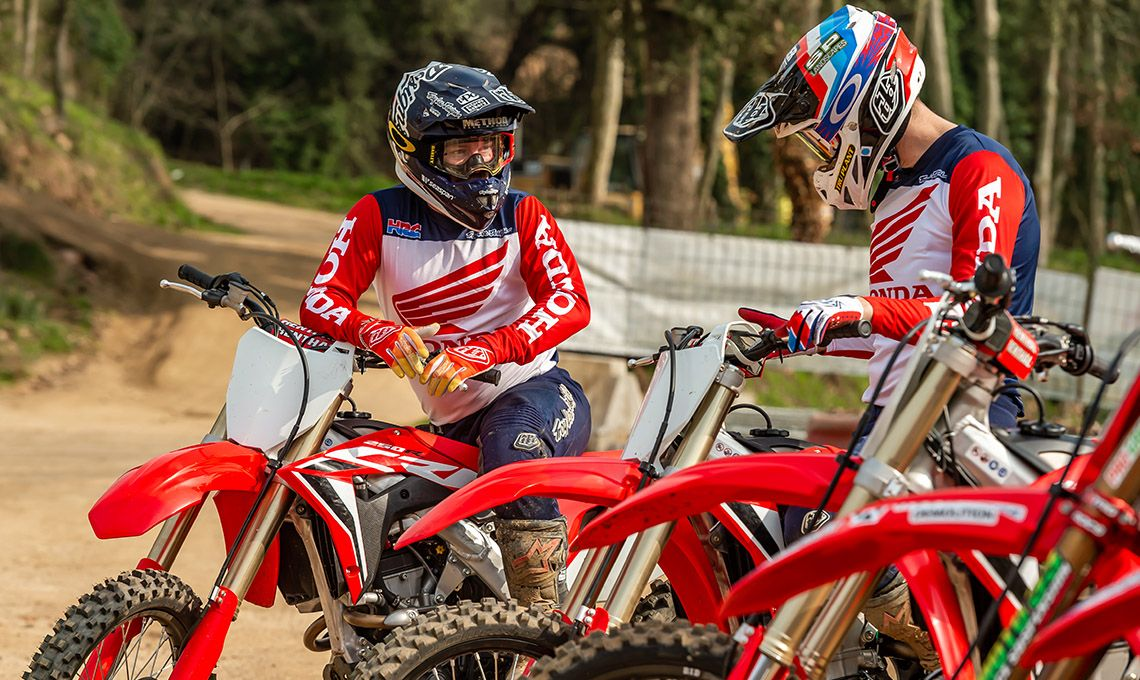 Мотоцикл Honda CRF250R Red - 8