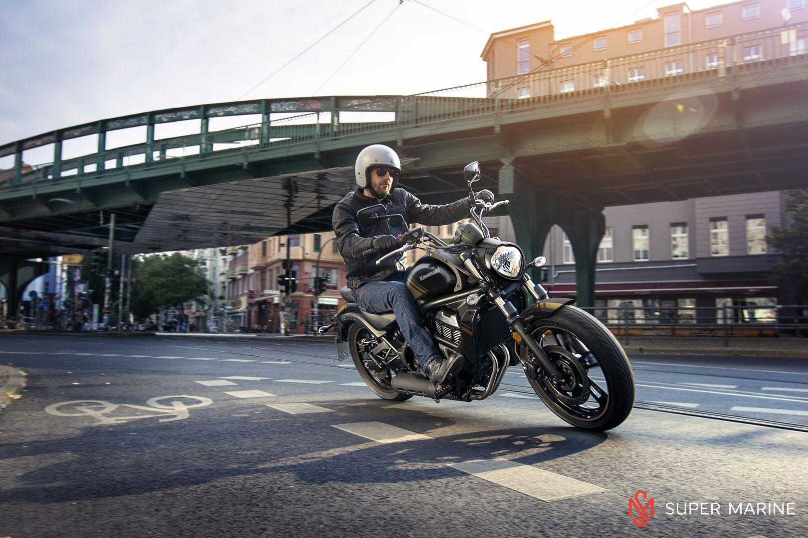 Мотоцикл Kawasaki Vulcan S ABS Черно-Золотистый 2020 - 12
