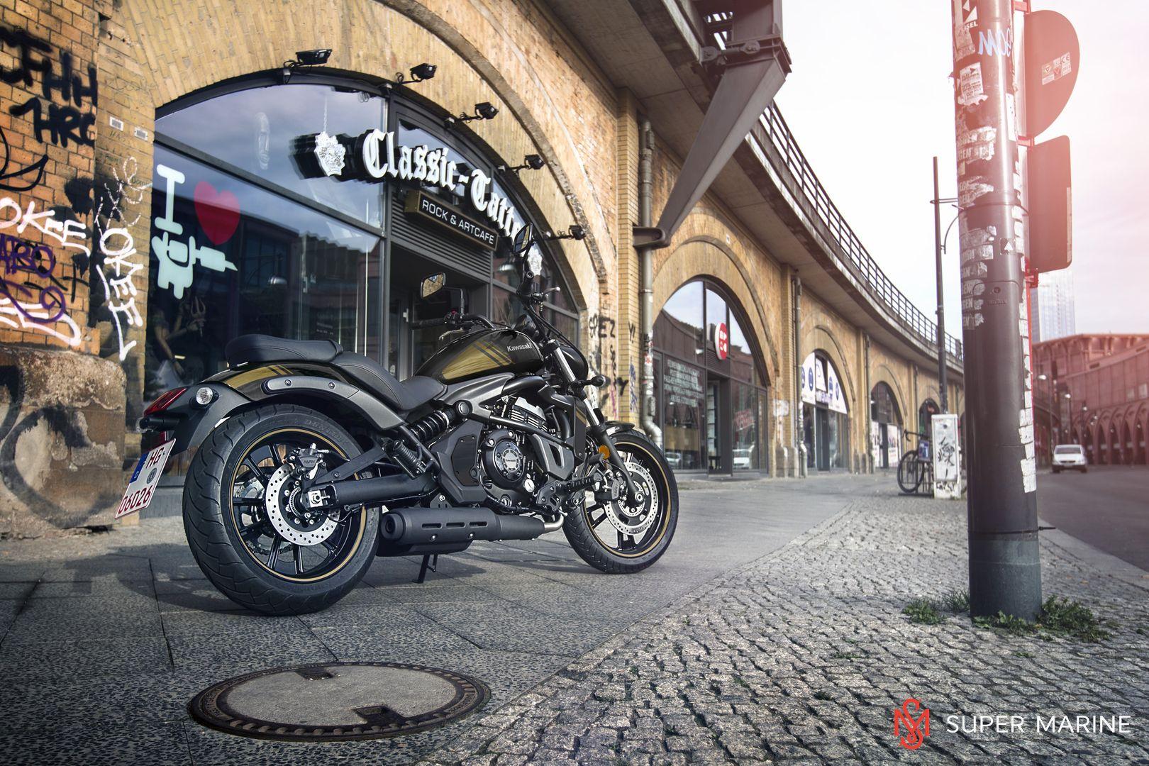 Мотоцикл Kawasaki Vulcan S ABS Черно-Золотистый 2020 - 13