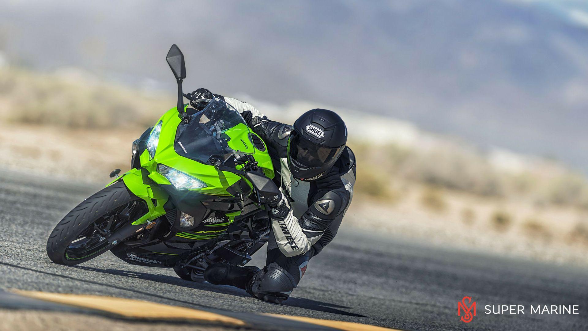 Мотоцикл Kawasaki Ninja 400 Зеленый 2020 - 8