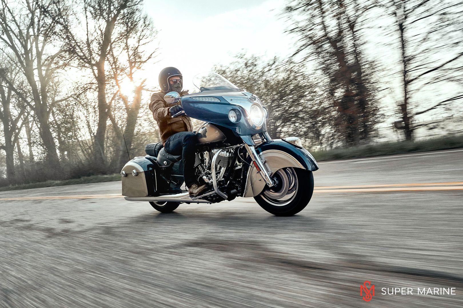 Мотоцикл Indian Chieftain Classic Deep Water Metallic / Dirt Track Tan 2019 - 21