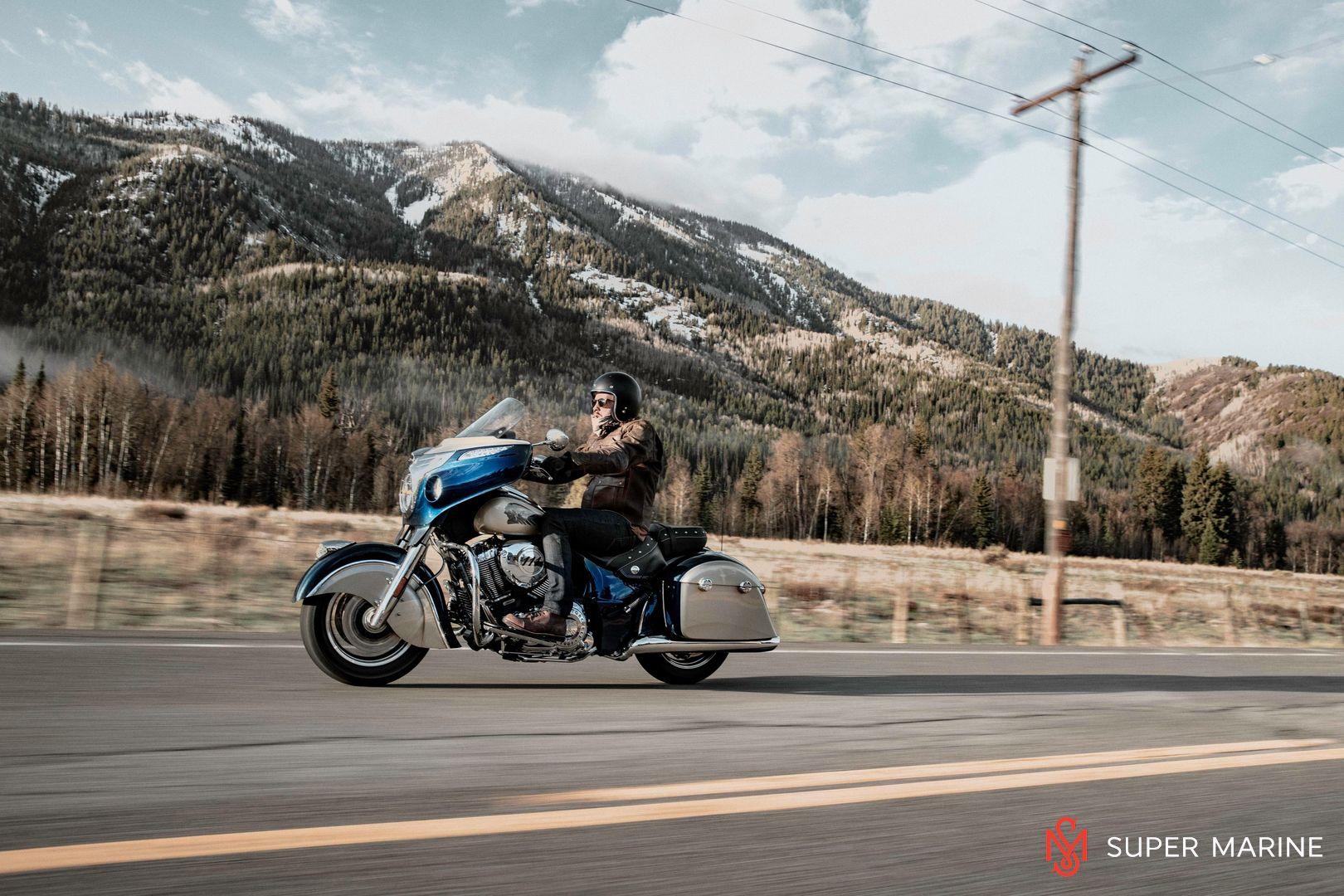 Мотоцикл Indian Chieftain Classic Deep Water Metallic / Dirt Track Tan 2019 - 19
