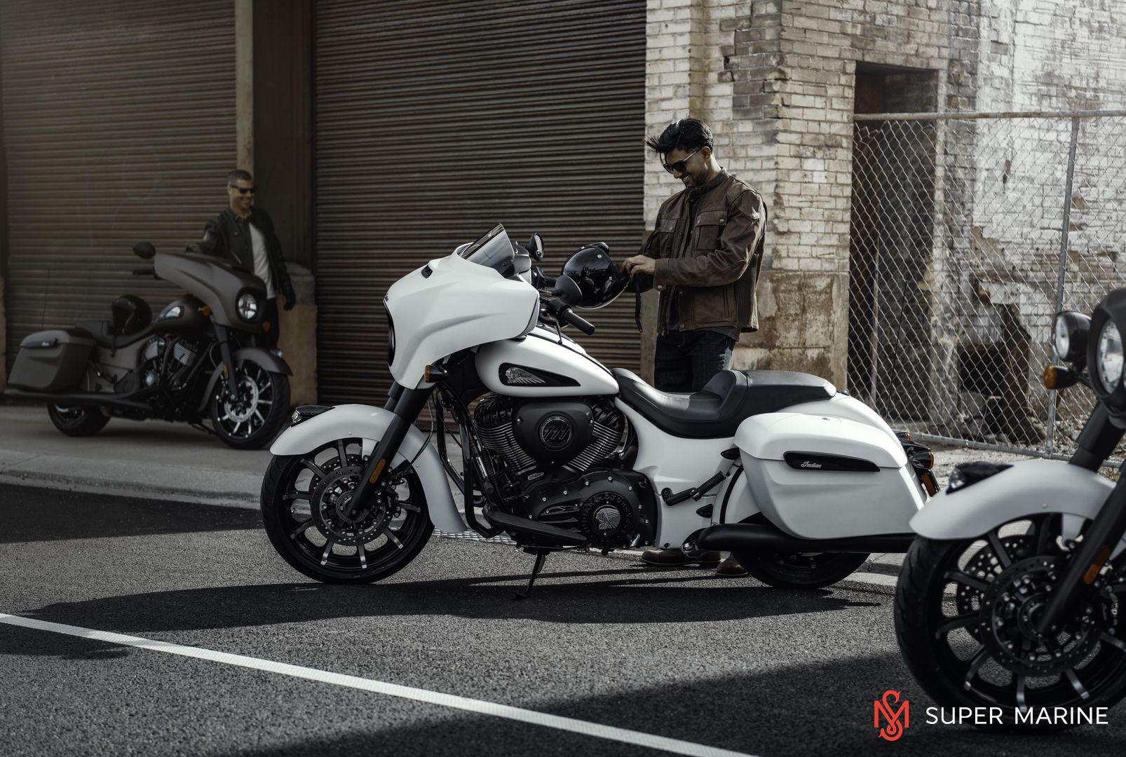 Мотоцикл Indian Chieftain Dark Horse Bronze Smoke 2019 - 16