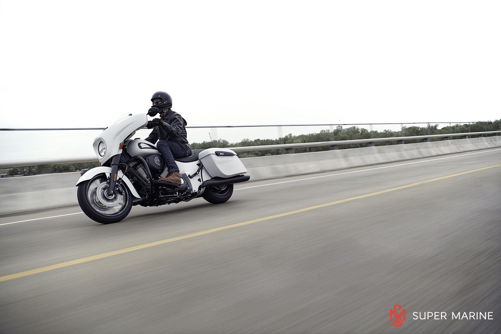 Мотоцикл Indian Chieftain Dark Horse Bronze Smoke 2019 - 18