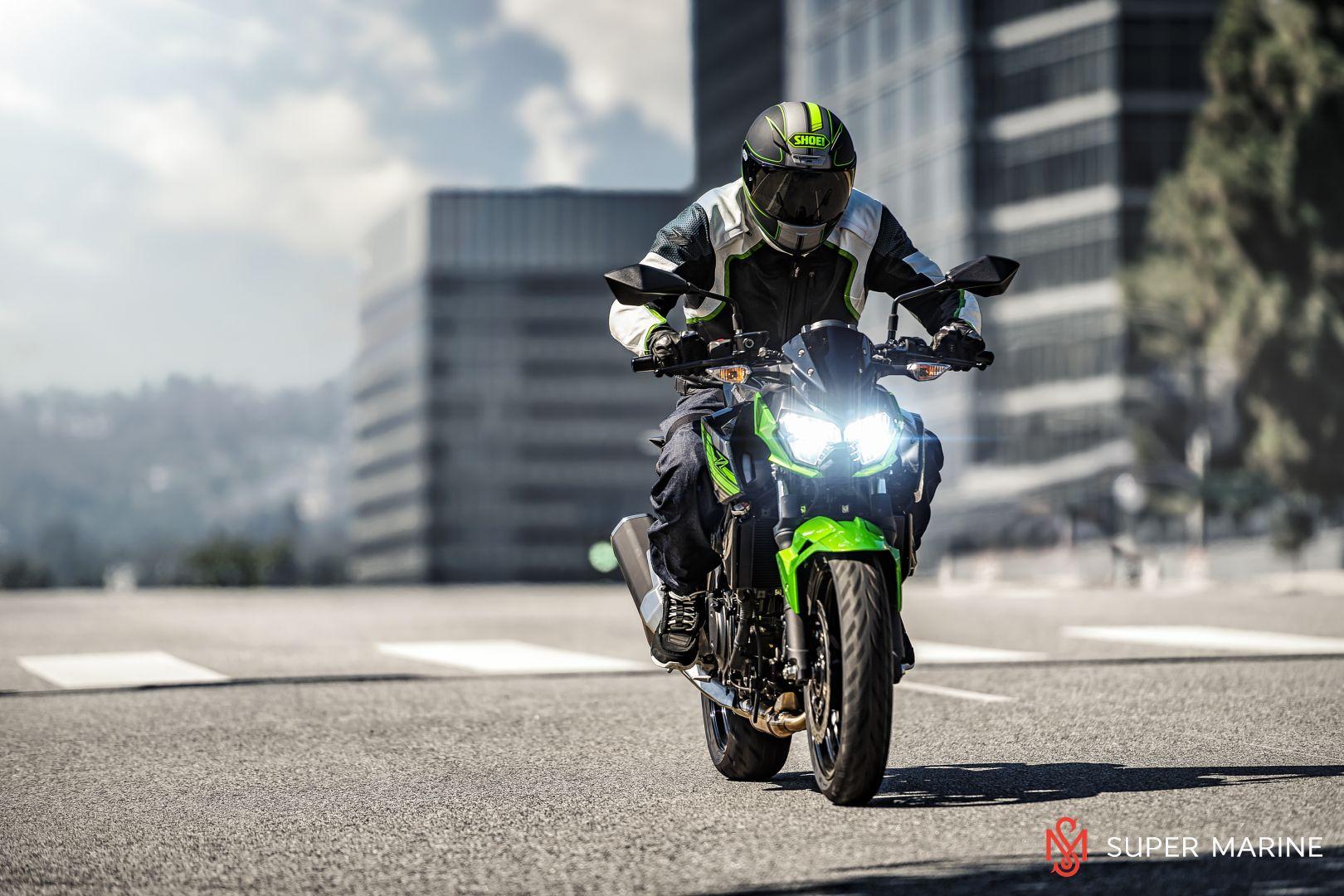 Мотоцикл Kawasaki Z400 Серый 2020 - 7