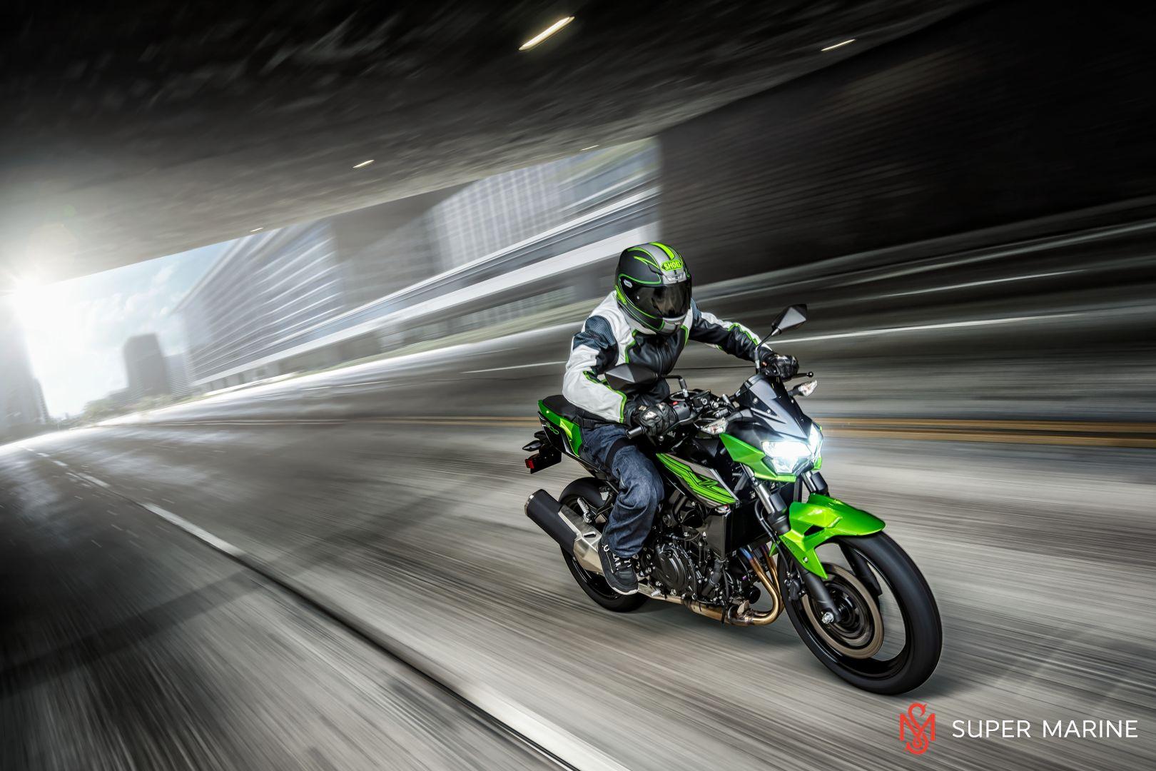 Мотоцикл Kawasaki Z400 Серый 2020 - 8