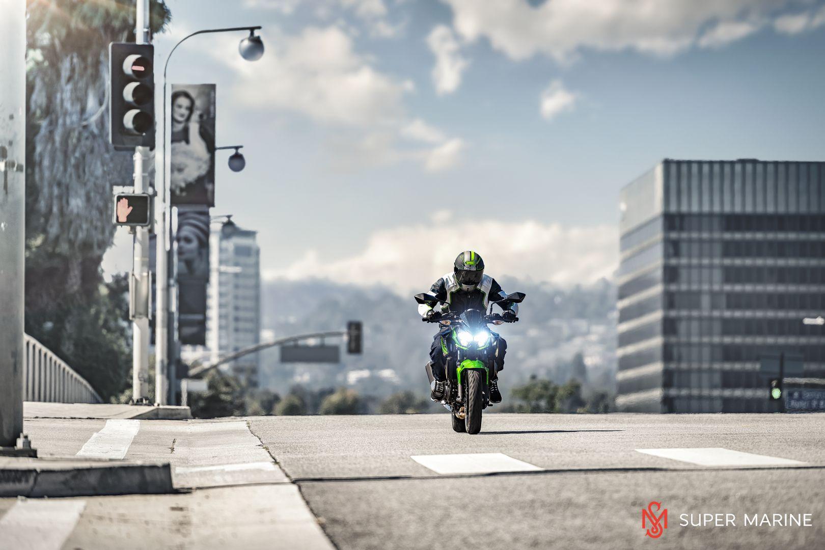 Мотоцикл Kawasaki Z400 Серый 2020 - 14