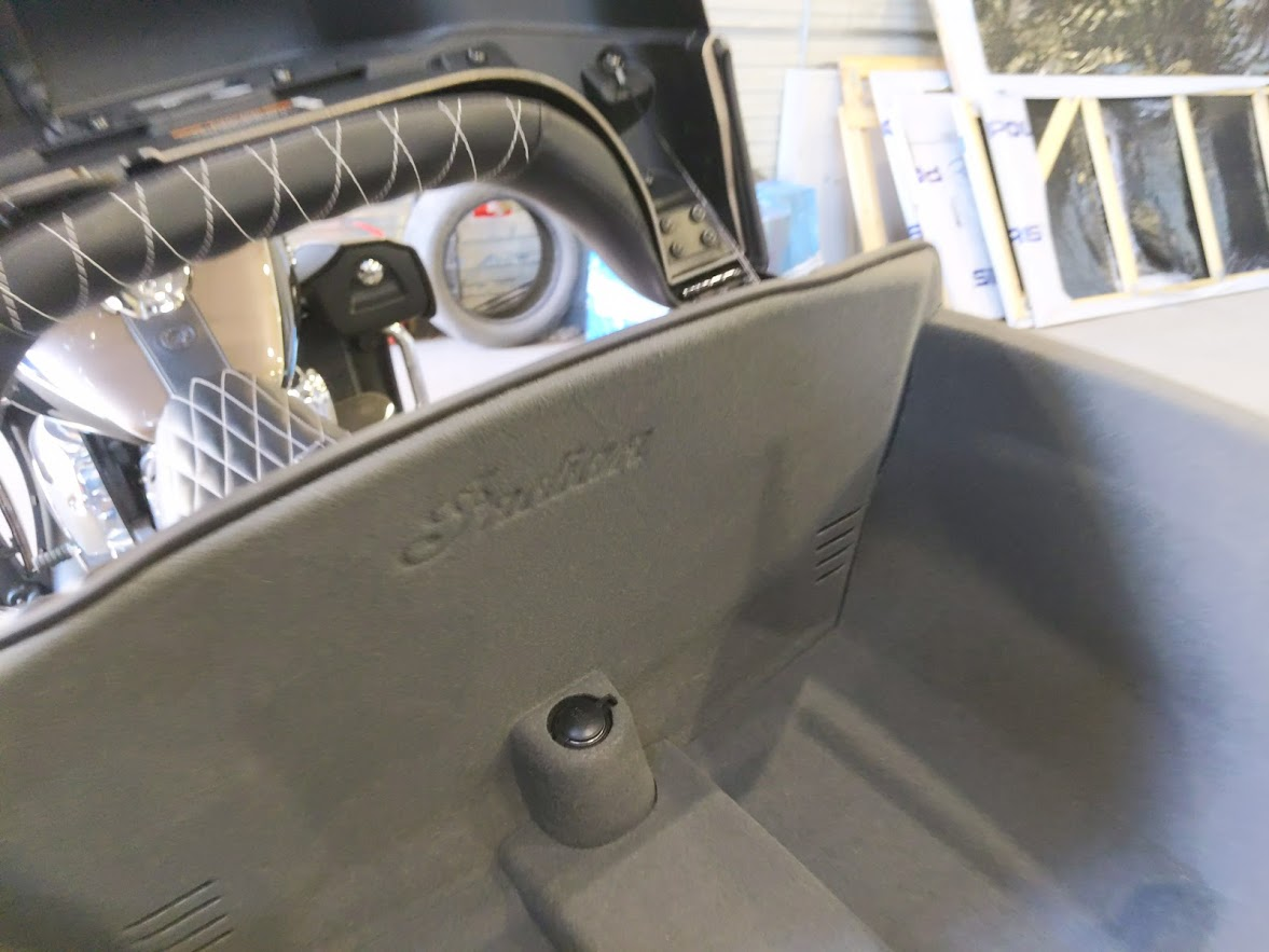 Мотоцикл Indian Roadmaster Polished Bronze / Thunder Black 2019 с пробегом 2100км - 28