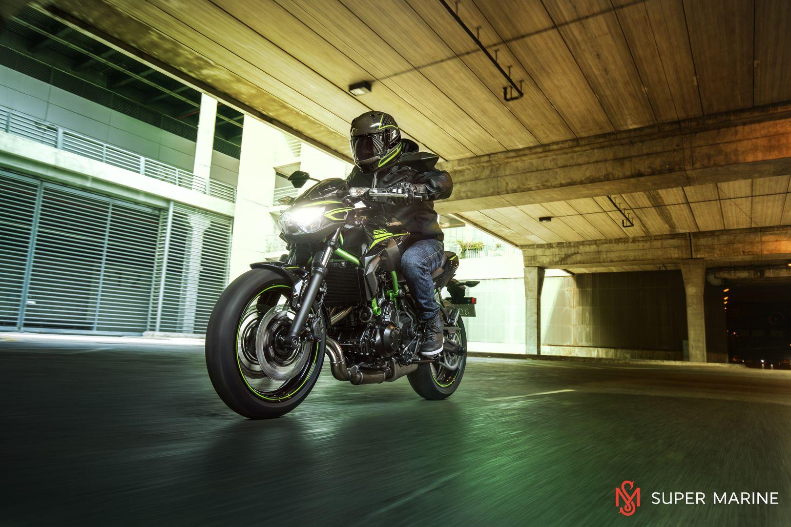 Мотоцикл Kawasaki Z650 ABS Белый 2020 - 10